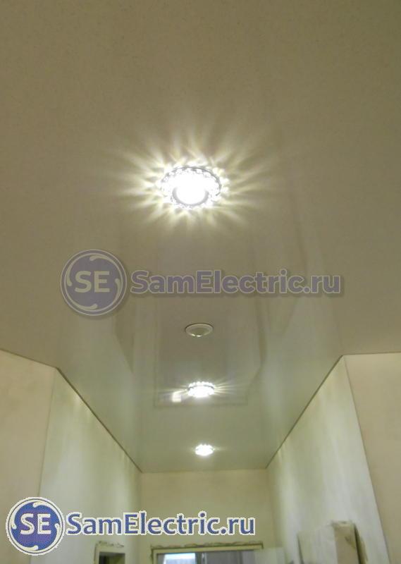 Квадратные светильники в натяжной потолок: люстры, точечные ... | 800x569
