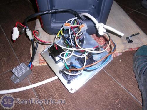 8 Подключаем кабель управления и питания