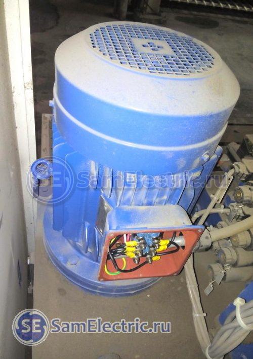 Двухскоростной двигатель гидростанции