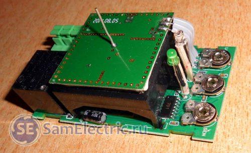 Схема микроволнового датчика движения. Внутренний вид.