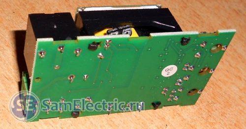 Электрическая схема микроволнового датчика движения, вид со стороны пайки
