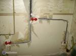 Укладка проводов и установка коробок в панельном доме