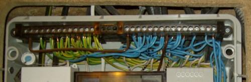 провода в электрощитке - как разобраться